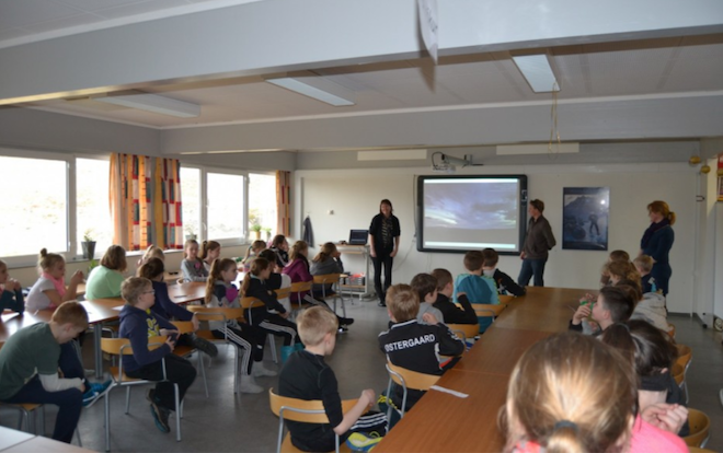 An interactive and engaging session with Year 4 at Hoyvik Skuli, Faroe Islands. © 2014, unknown
