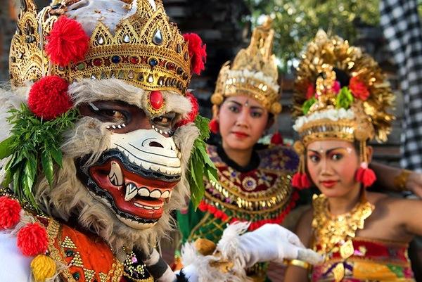 Ramayana-Ballet-Bali-Eclipse